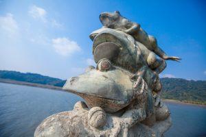 日月潭景點-水蛙頭步道(九蛙疊像)